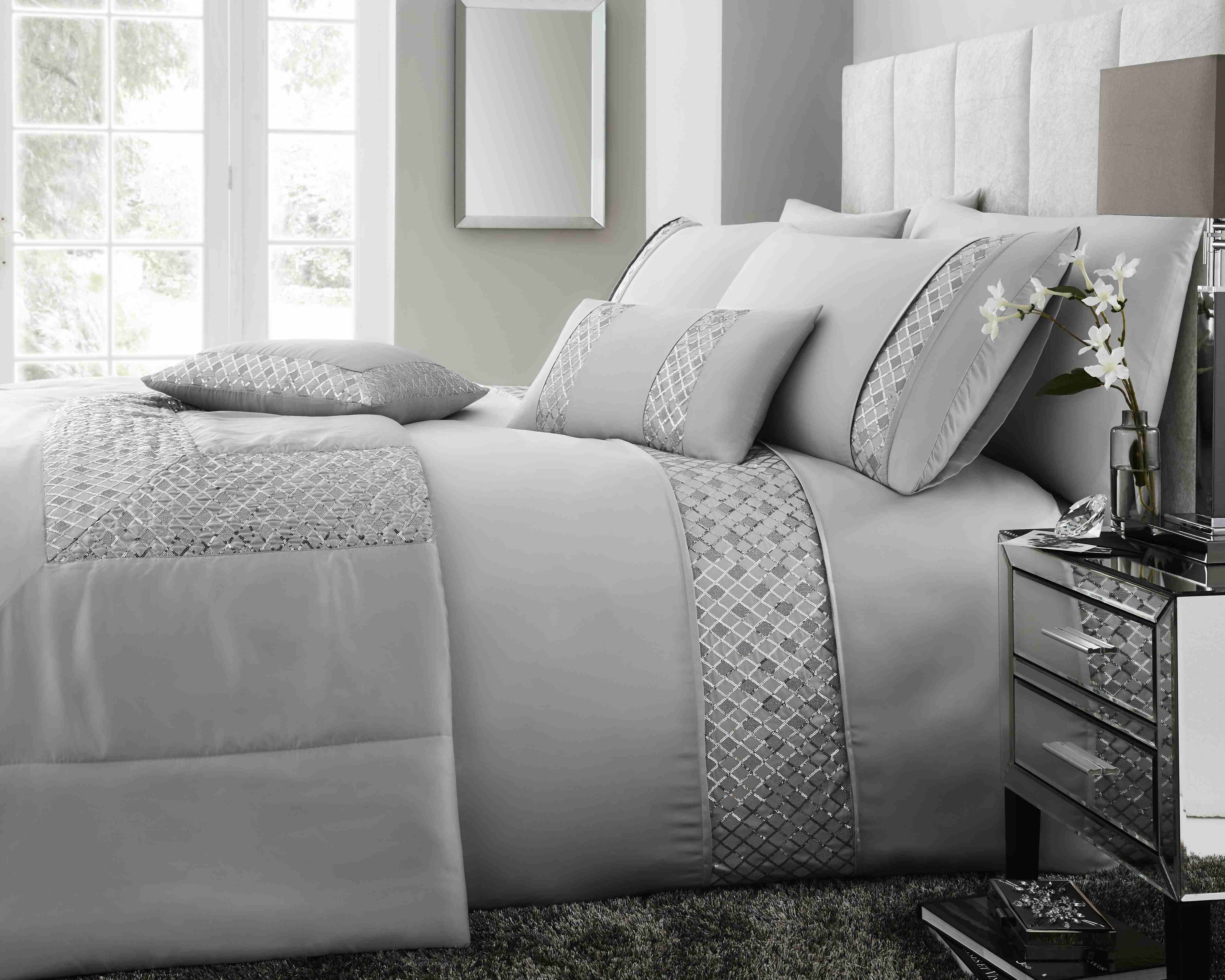 Darcy Duvet Set (Available in 2 Colours)