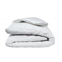 100% Cotton Cased Duvet (Boxed)
