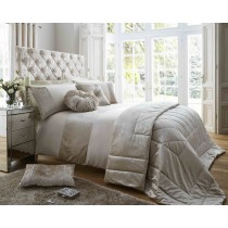 Duchess Duvet Set