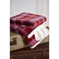 Red Check Sherpa Throw - 130 x 180cm